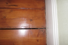 Gap between floorboards